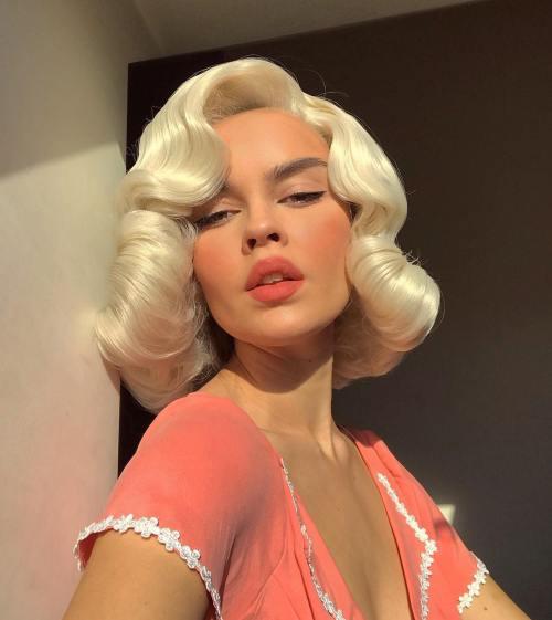 Monroelesque Blonde Hairstyle