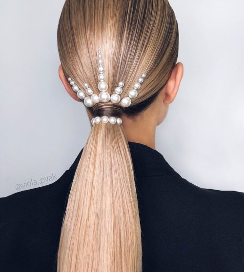 Pearl Crown Ponytail