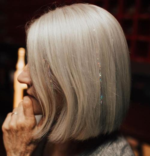 Over 50 Gray Bob With Tinsel