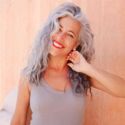 Wavy Gray Hairstyle For Women Over 40