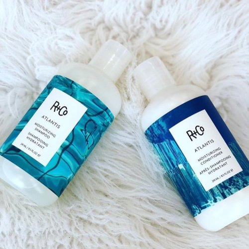 R Co Atlantis Moisturizing Shampoo