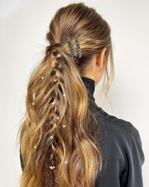 Hairstyle With Random Large Glitters
