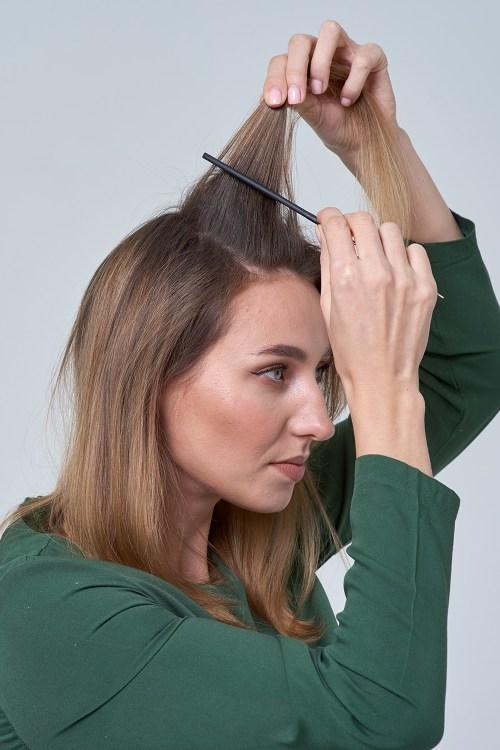Teasing Hair to Volumize Hair on Top