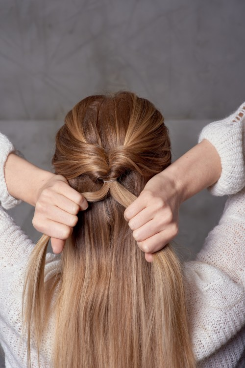 Topsy Ponytail as a Base for a Fishtail Braid