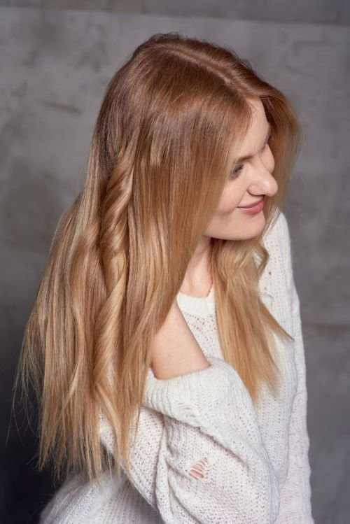 Flat Iron Technique Ideal for Curling Long Hair