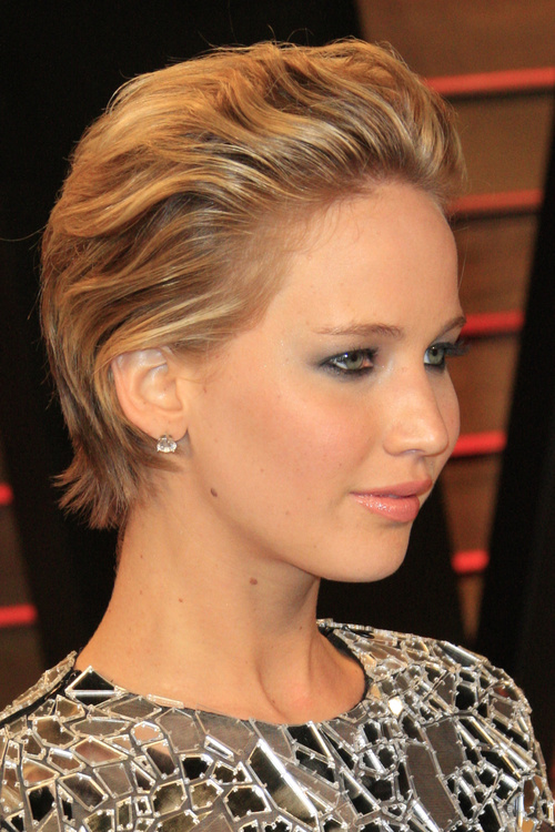 Jennifer Lawrence short haircut