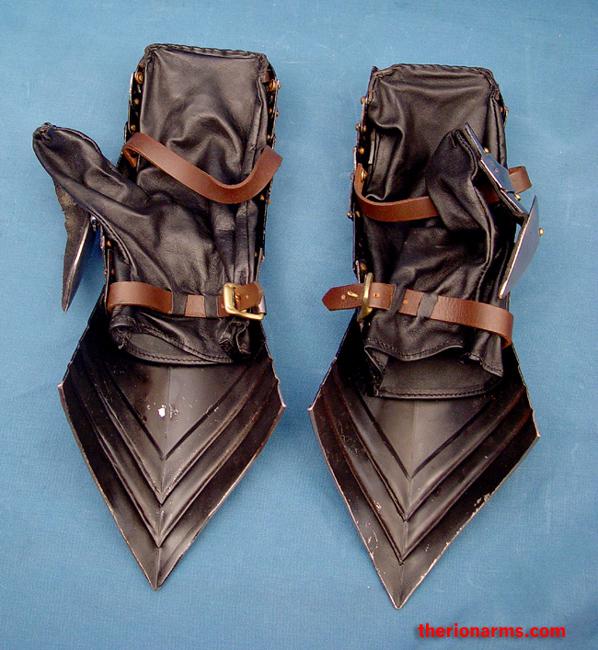 Gothic Mitten Gauntlets