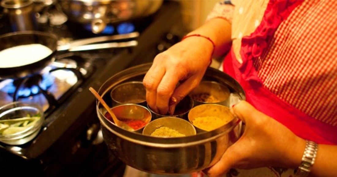 Cooking indian home