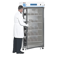 Thermo Scientific Large-Capacity Reach-In CO2 Incubators