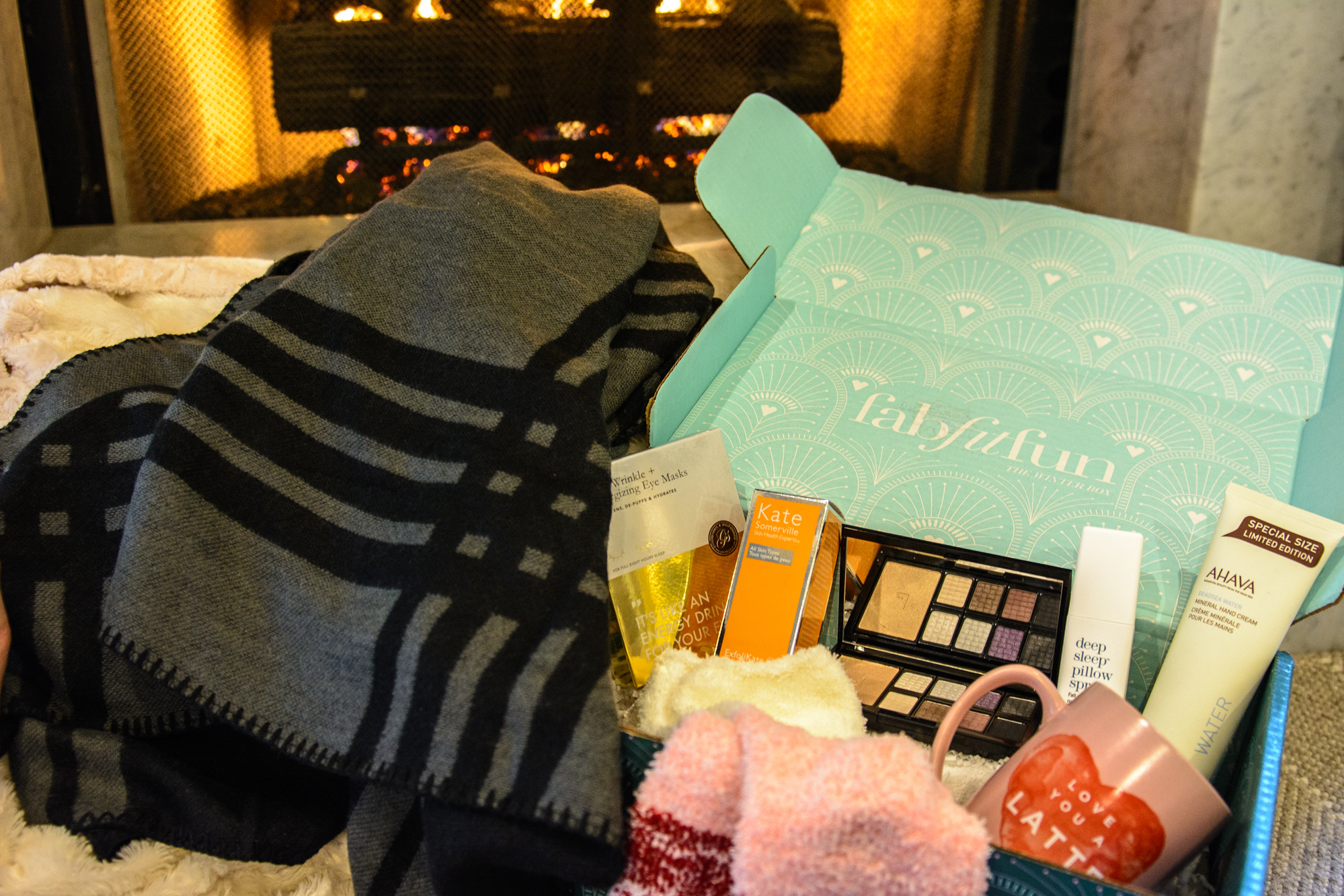 fab fit fun winter holiday box