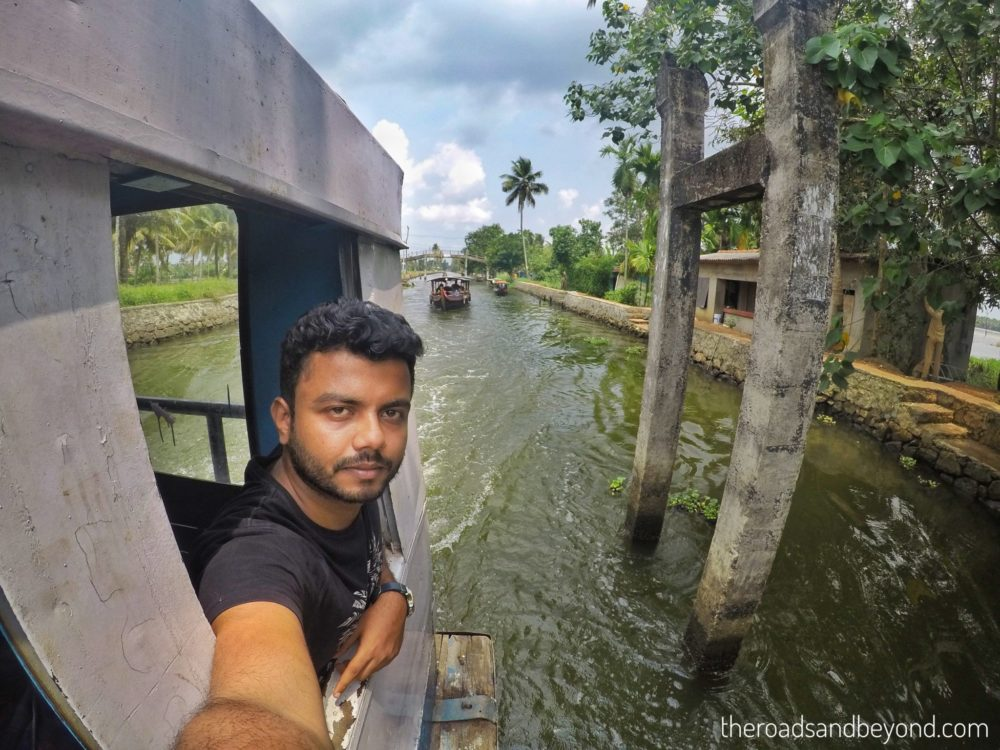 How to explore Alleppey backwaters on a budget?