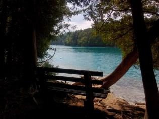 green_lakes_bench
