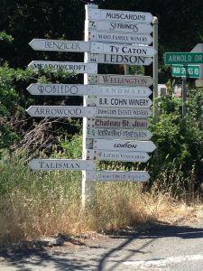 A typical crossroads in Glen Ellen