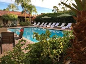 La Maison back pool