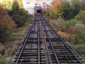 Tracks up
