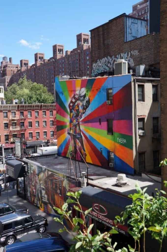 The 5 Boroughs of New York, Exploring NYC off the beaten path, NYC, Boros, The Bronx, Queens, Manhattan, Brooklyn, Staten island, Brooklyn Bridge, The Mets, Yankees, baseball, highline, off the beaten track, alternative things to do, things to see in, information about the outer boroughs of new york, graffiti,