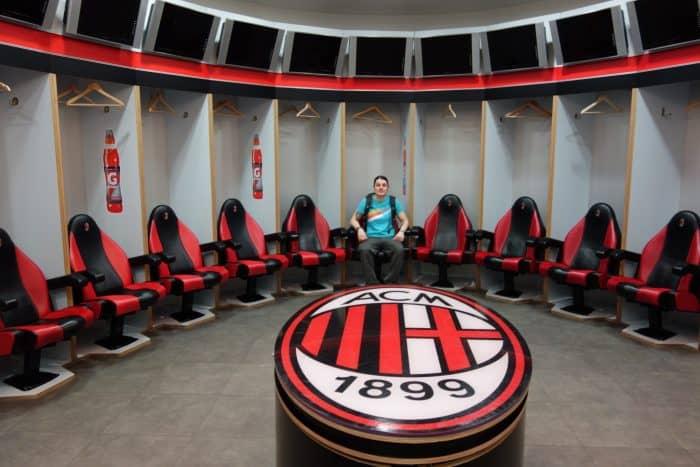 ac milan, inter milan, san siro, football stadium, soccer, milan, milano, italy, italia, rivalry, tour, how to visit, how to get to the san siro, history,