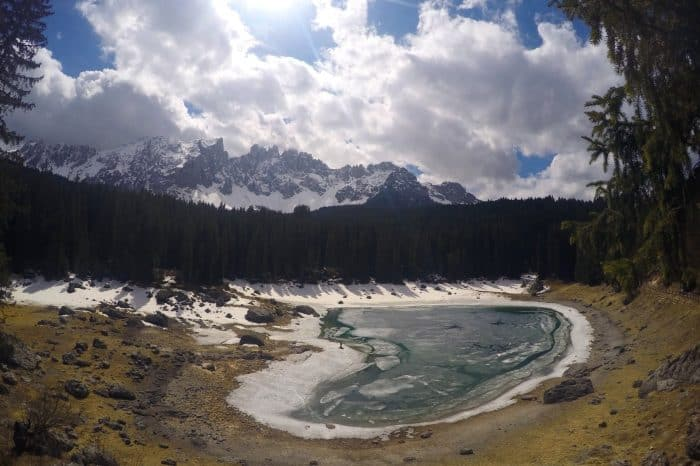 Lago di Carezza, lake, mountains, Dolomites, dolomiten, dolomiti, beautiful, nature, italy, italia, bolzano, bozen, things to do, how to get to the Lago di Carezza, sud tyrol, south tyrol, tirol, austria, outdoors, hike, hiking, Italien,