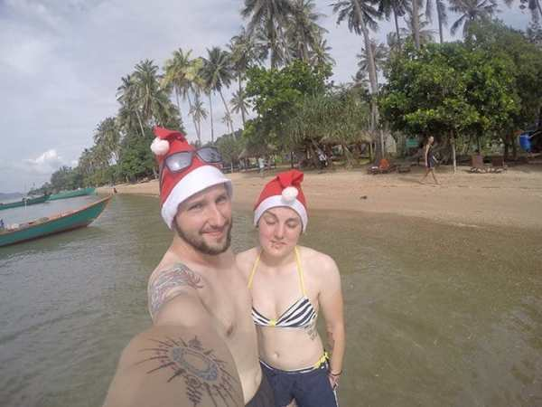 Christmas in Cambodia, Christmas on a beach, kampot, kep, rabbit island, Koh tonsay, Christmas in Asia, Christmas Cambodia,Koh Tonsay Cambodia, Spending Christmas on the beach: A day of adventure to find paradise on a Cambodian Island for a different type of celebration, Beach, abroad, Cambodia, Kep, Kampot, Siem Reap, Angkor Wat, Adventure, Beach, sea, swim, island, Koh, rabbit island, Koh Tonsay, bungalow, bungalow on the beach, drinking from a coconut, Santa, hot Christmas, Christmas in Southeast Asia,