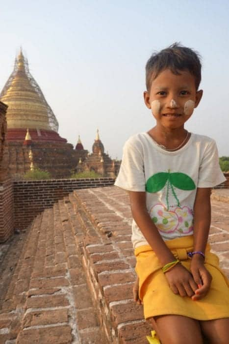 What to expect when you visit Myanmar (Burma): The wonderful, surreal & authentic side of South East Asia, Bagan, Visa, border crossing, Kalaw, trek, Lake inle, culture, villages, temples, Golden Rock, How to visit myanmar, Tips for visiting Myanmar, hiking, homestay, monk, schwedagon pagoda, accommodation, Myanmar Travel,