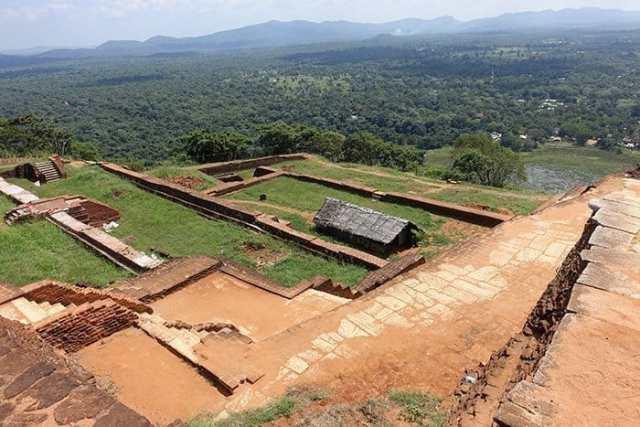 Sigiriya, Sigiriya sri lanka, Sigiriya rock, Sigiriya lion rock, Sigiriya rock fortress, Sigiriya rock sri lanka, sigiriya rock fortress sri lanka, Lion Rock, Lion Rock Sri Lanka, Sigiriya lion rock fortress, Colombo to Sigiriya, Ella to Sigiriya, Sigiriya price, Sigiriya expensive, is Sigiriya worth the money, places to visit in Sigiriya, Sigiriya tour, trip to Sigiriya, Sigiriya entrance fee, tours from Kandy to Sigiriya, Sigiriya day trip from Kandy, Dambulla to Sigiriya, Sigiriya to Kandy, Pidurangala rock, Sigiriya from Pidurangala rock, Sigiriya alternative, Sigiriya free, Sigiriya travel guide, Sigiriya tour, Sri Lanka, Sri Lanka travel guide, best places to visit in Sri Lanka, UNESCO, UNESCO sites in Sri Lanka, Sri Lanka backpacking, Sri Lanka on a budget,