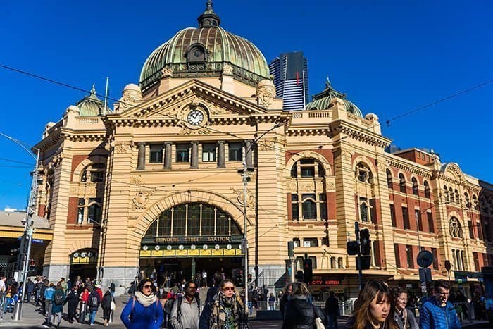 Melbourne 5 day itinerary: best places to visit in Melbourne. Flinders Street Station.