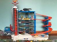 Hot Wheels Super Ultimate Garage - the Roarbotsthe Roarbots