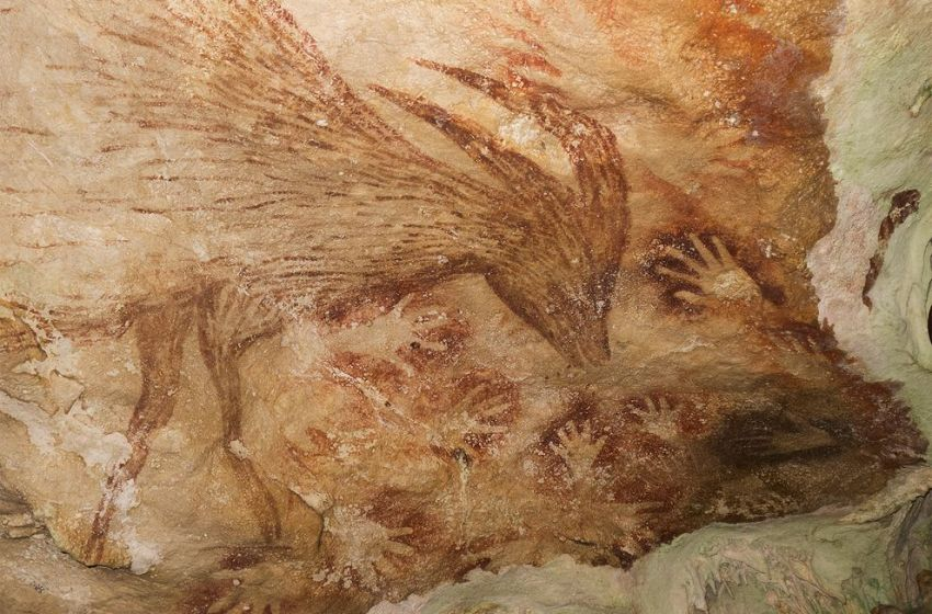 World's oldest art discovered in Indonesian cave