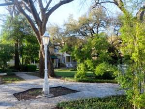 Inn on the River in Glen Rose, TX | The Rose Table