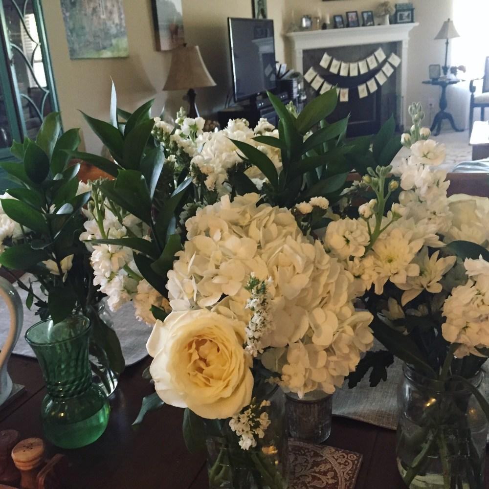 Flowers for Diner en Blanc | The Rose Table