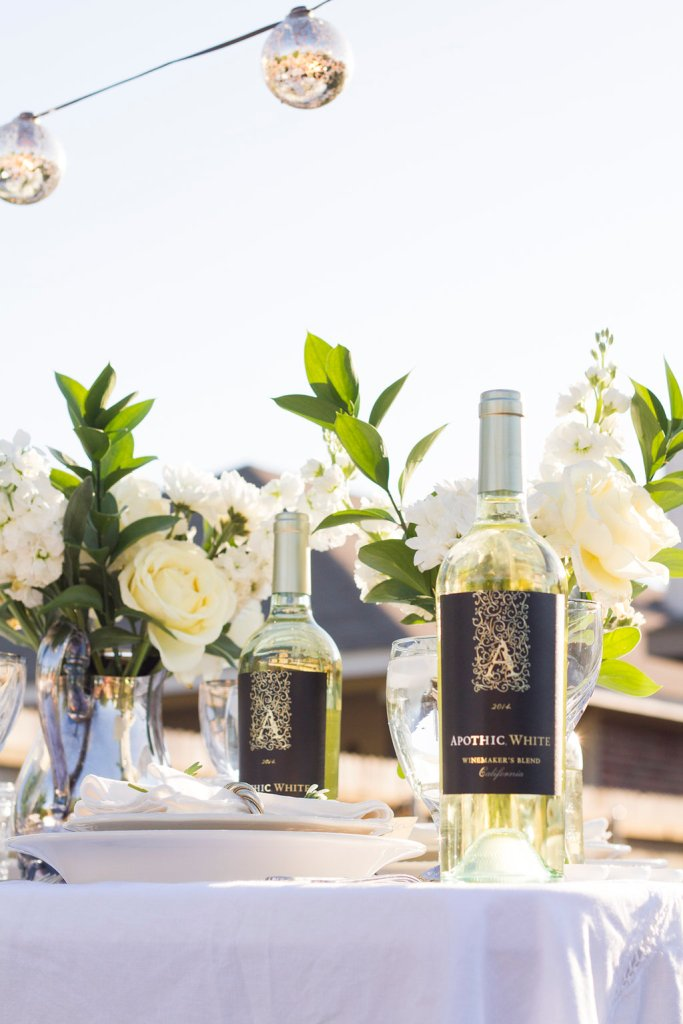 Diner en Blanc Apothic Wine | The Rose Table