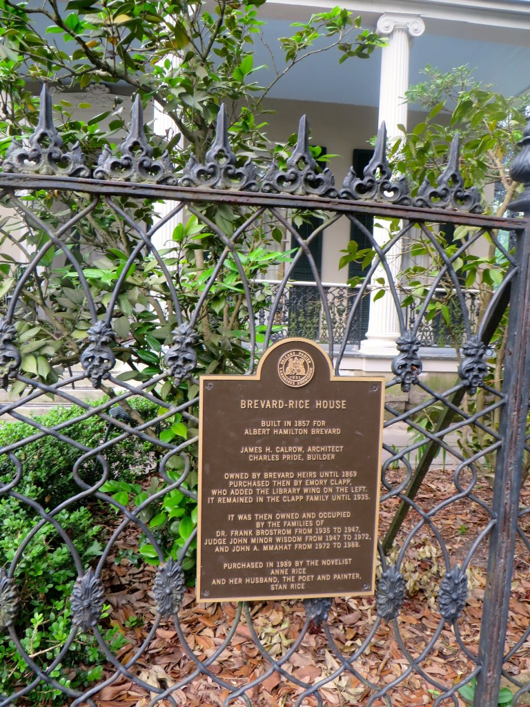 New Orleans Garden District Travel Guide | The Rose Table