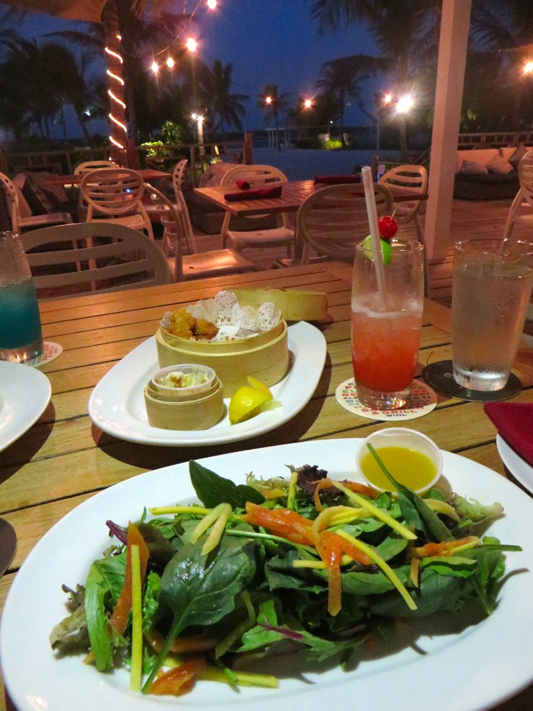 Tropical Salad at Salt Bar and Grill at Blue Haven Resort   The Rose Table