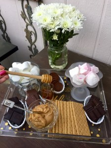 How to Build a S'mores Bar   The Rose Table