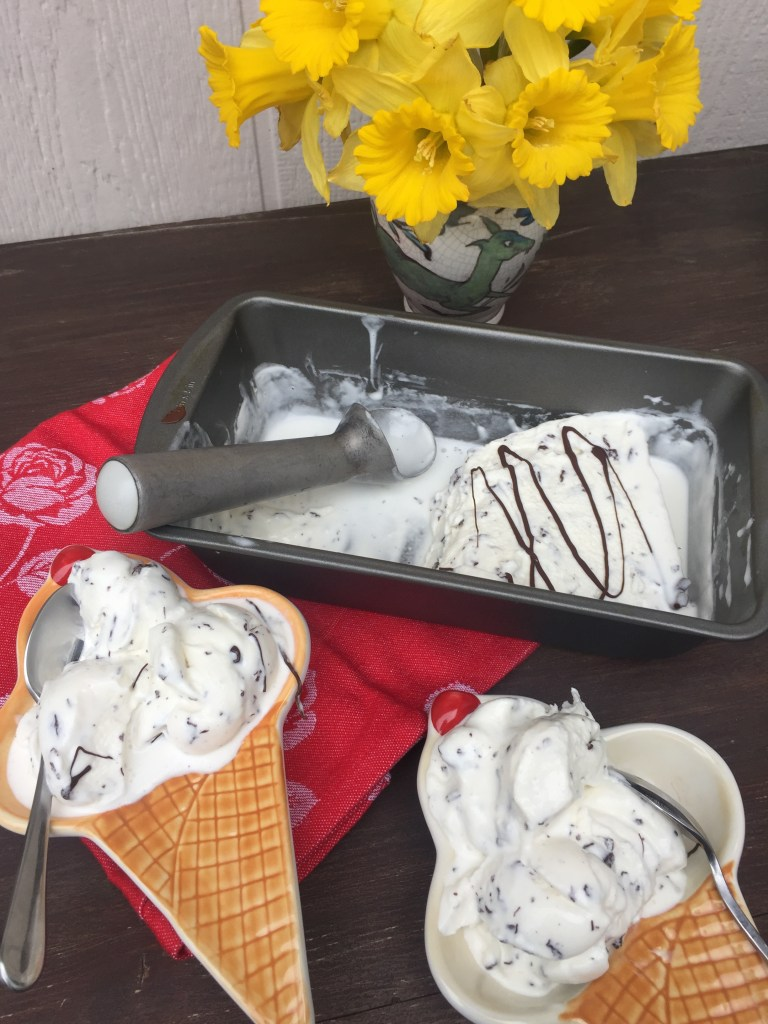 Stracciatella Ice Cream | The Rose Table