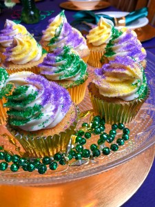 King Cake Cupcakes Mardi Gras Dessert Recipe | The Rose Table