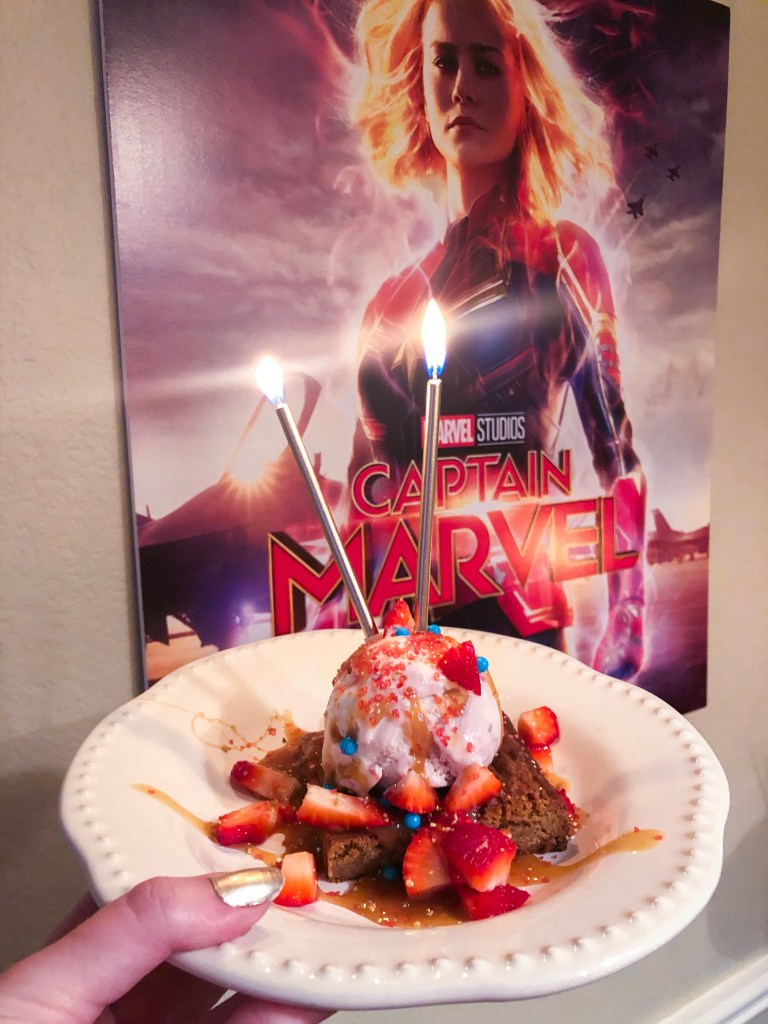 Captain Marvel Sundae, Marvel Dessert Recipe