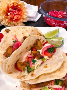 Pollo Rose Table Tacos