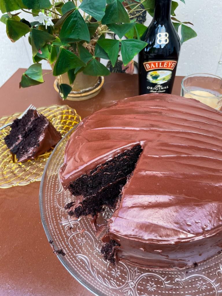 Bailey's Irish Cream Cake | Saint Patrick's Day Dessert