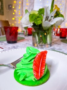 Peter Pan Hat Dessert for a Disney Party