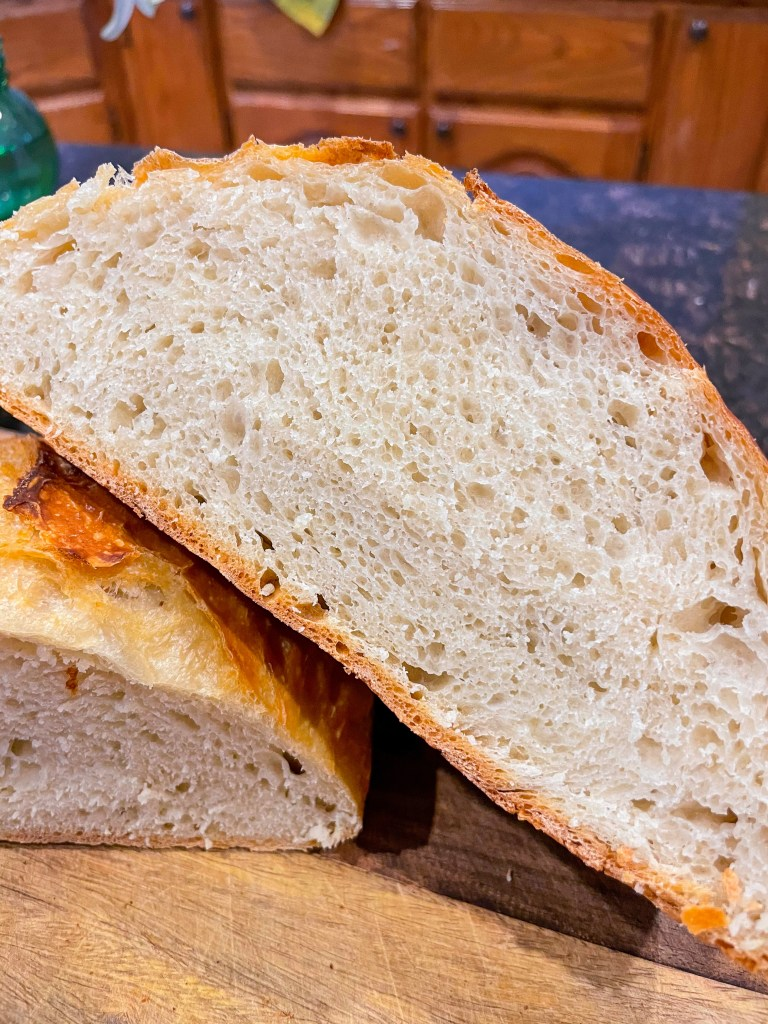 Dutch Oven Bread | No Knead Recipe