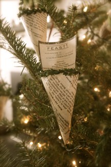 Vintage cookbook pages were used to make the cones that held the evening's menu.