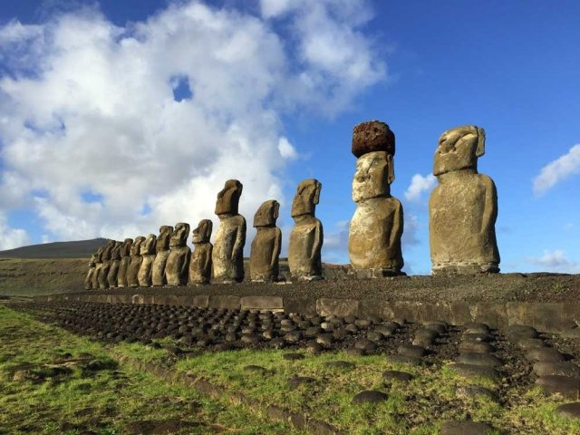 Highlights of Easter Island - Ahu Tongariki