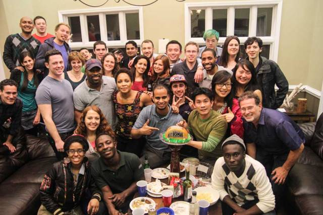 How to be a great Couchsurfing host - host a party