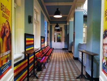 full moon design hostel budapest hallway