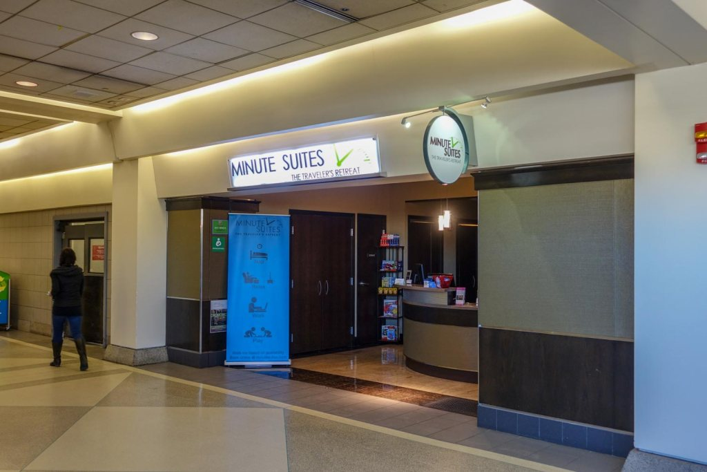 The entrance to Minute Suites PHL