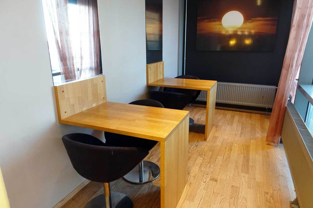 Workstations inside the lounge