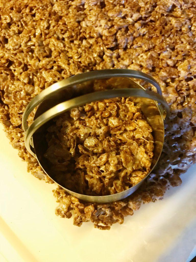 Rudolph Rice Krispie treats cutting