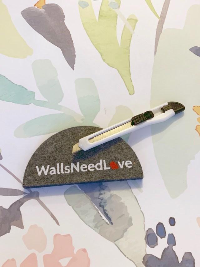 peel and stick wallpaper tools