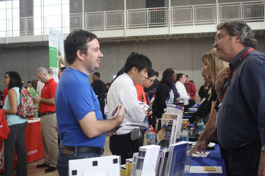 Jobs aplenty at CSUB fair